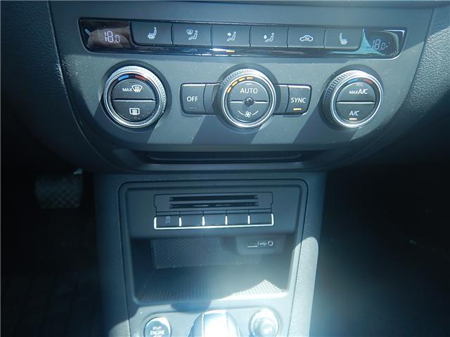 2017 Volkswagen Tiguan Comfortline (Stk: VW0694) in Surrey - Image 13 of 26