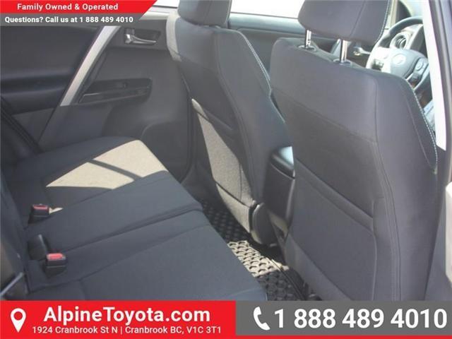 2018 Toyota RAV4 XLE (Stk: W789370) in Cranbrook - Image 12 of 17