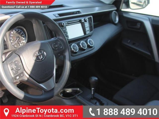 2018 Toyota RAV4 LE (Stk: W795128) in Cranbrook - Image 7 of 16
