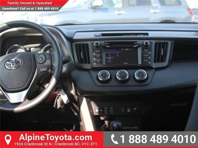 2018 Toyota RAV4 LE (Stk: W795128) in Cranbrook - Image 8 of 16