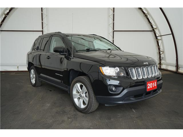 2014 Jeep Compass Sport/North (Stk: 1813611) in Thunder Bay - Image 1 of 15