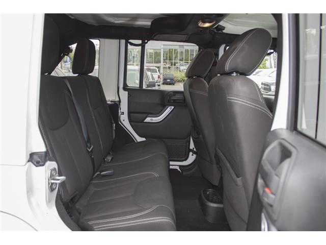 2015 Jeep Wrangler Unlimited Sahara (Stk: J863955A) in Abbotsford - Image 12 of 22
