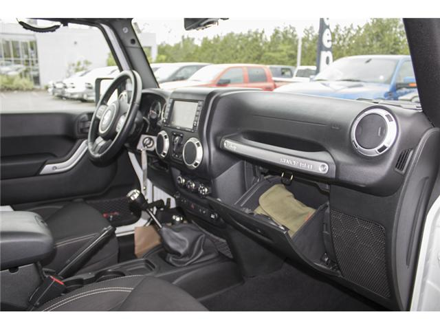 2015 Jeep Wrangler Unlimited Sahara (Stk: J863955A) in Abbotsford - Image 17 of 22