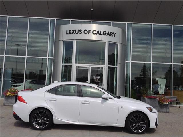 2018 Lexus IS 300 Base (Stk: 180527) in Calgary - Image 1 of 10