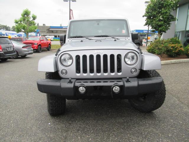 2015 Jeep Wrangler Unlimited Sahara (Stk: EE890810A) in Surrey - Image 2 of 28