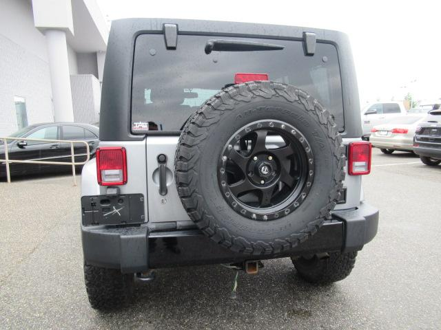 2015 Jeep Wrangler Unlimited Sahara (Stk: EE890810A) in Surrey - Image 6 of 28