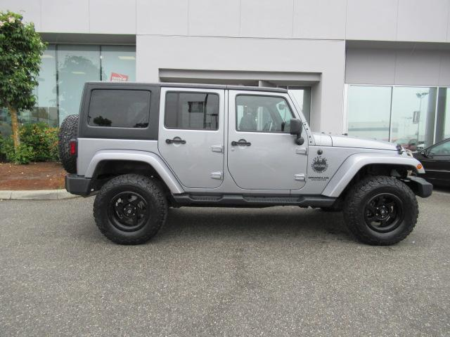 2015 Jeep Wrangler Unlimited Sahara (Stk: EE890810A) in Surrey - Image 8 of 28