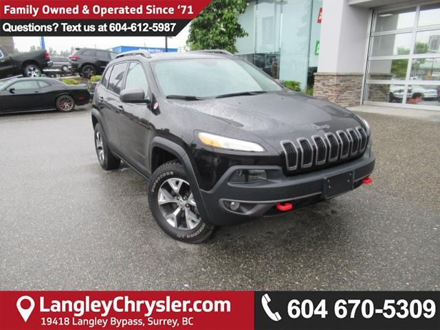 2017 Jeep Cherokee Trailhawk (Stk: EE893570) in Surrey - Image 1 of 29