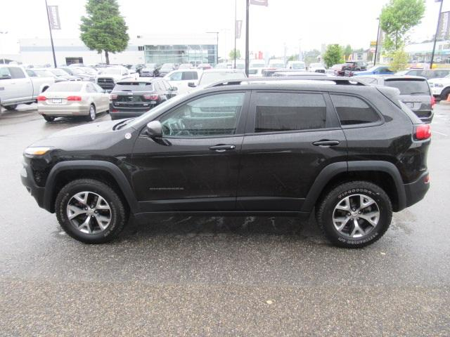 2017 Jeep Cherokee Trailhawk (Stk: EE893570) in Surrey - Image 4 of 29