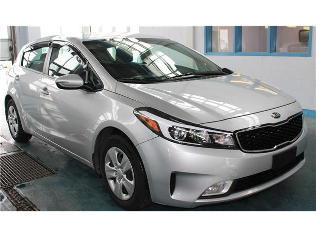 2017 Kia Forte 2.0L LX+ (Stk: BB690894) in Regina - Image 2 of 17