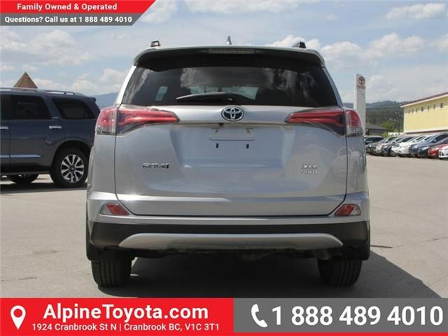 2016 Toyota RAV4 XLE (Stk: W787681A) in Cranbrook - Image 3 of 18