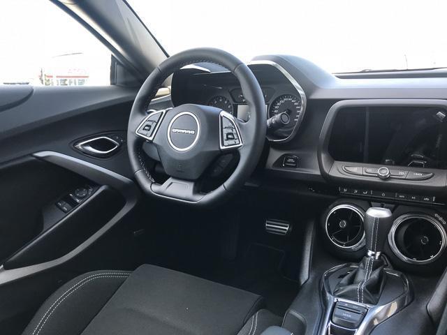 2018 Chevrolet Camaro 1LT (Stk: 8CA13040) in North Vancouver - Image 6 of 7