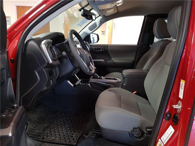 2017 Toyota Tacoma SR5 V6 (Stk: 174161) in Kitchener - Image 2 of 20