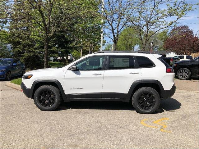 2019 Jeep Cherokee Trailhawk (Stk: 194005) in Toronto - Image 2 of 21