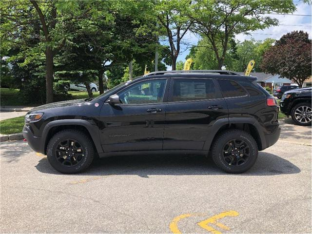 2019 Jeep Cherokee Trailhawk (Stk: 194008) in Toronto - Image 2 of 22