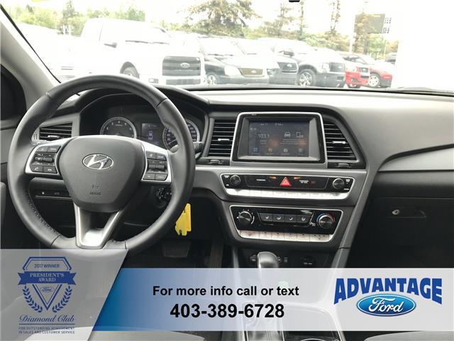 2018 Hyundai Sonata GL (Stk: 5230) in Calgary - Image 2 of 9