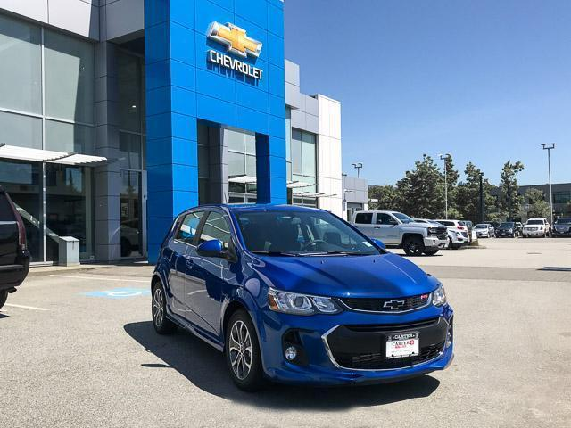 2018 Chevrolet Sonic LT Auto (Stk: 8N65350) in Vancouver - Image 2 of 7