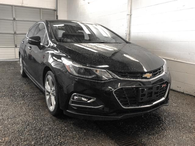 2017 Chevrolet Cruze Premier Auto (Stk: P9-54831) in Burnaby - Image 2 of 24