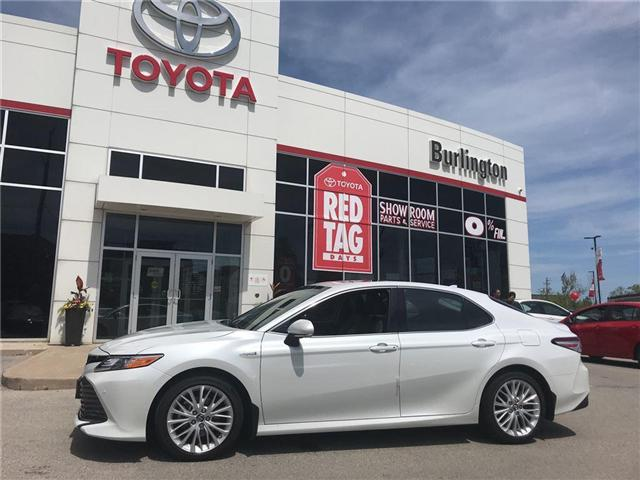 2018 Toyota Camry Hybrid XLE (Stk: 183017) in Burlington - Image 1 of 17