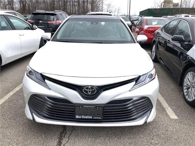 2018 Toyota Camry XLE (Stk: 183068) in Burlington - Image 2 of 5