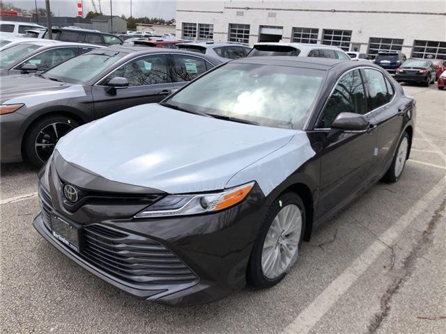 2018 Toyota Camry XLE (Stk: 183079) in Burlington - Image 1 of 5