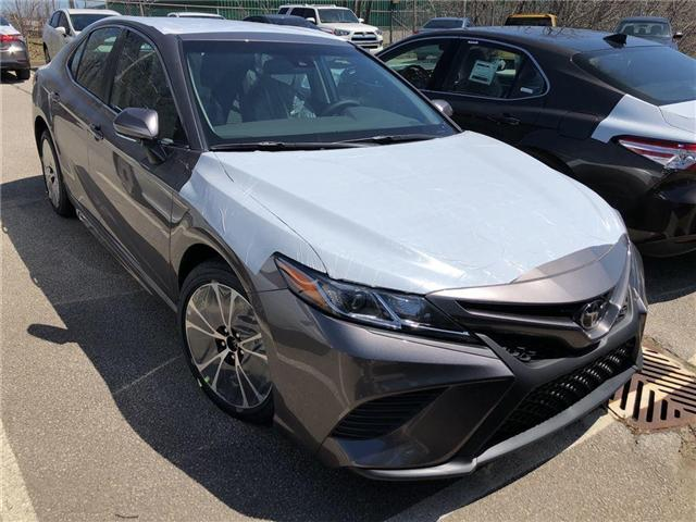 2018 Toyota Camry SE (Stk: 183130) in Burlington - Image 2 of 5
