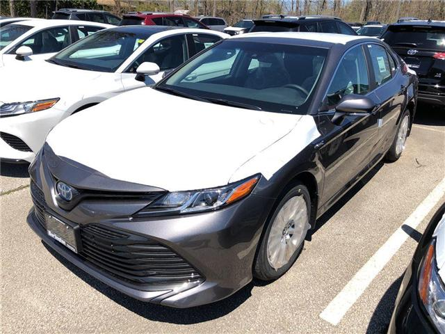 2018 Toyota Camry Hybrid LE (Stk: 183137) in Burlington - Image 1 of 5