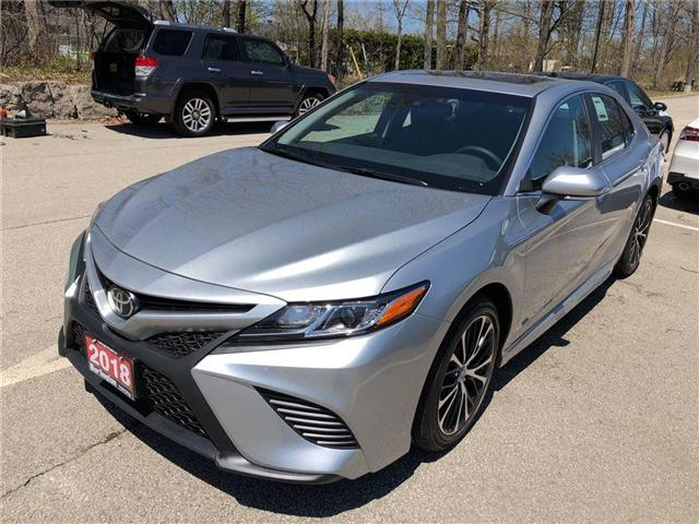 2018 Toyota Camry SE (Stk: 183134) in Burlington - Image 1 of 5