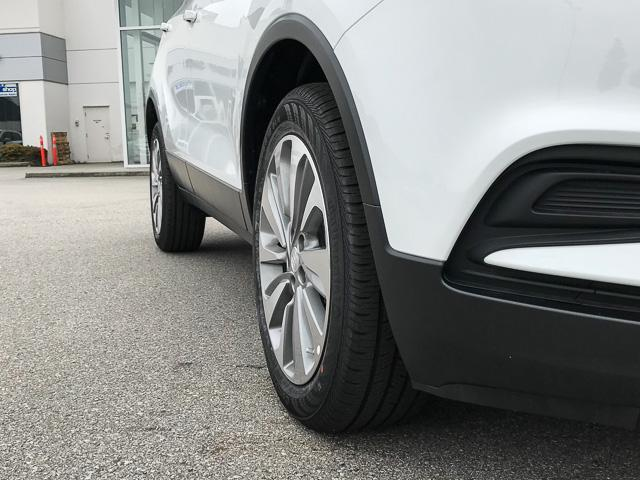 2018 Buick Encore Preferred (Stk: 8K91110) in North Vancouver - Image 4 of 7