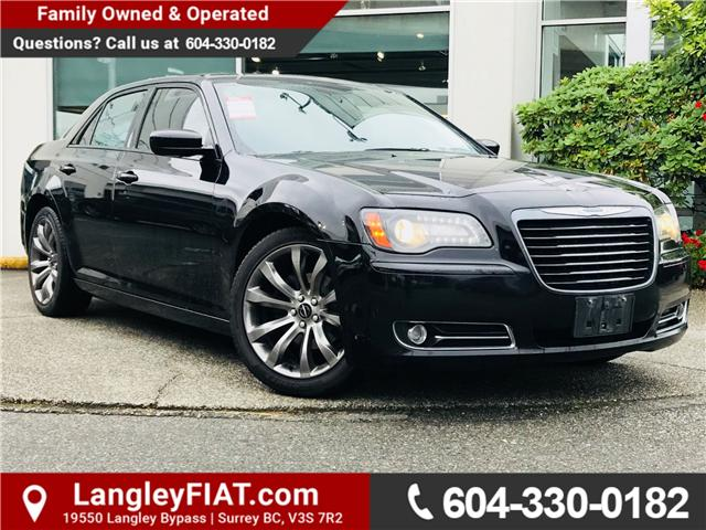 2014 Chrysler 300 S (Stk: LF008670) in Surrey - Image 1 of 28