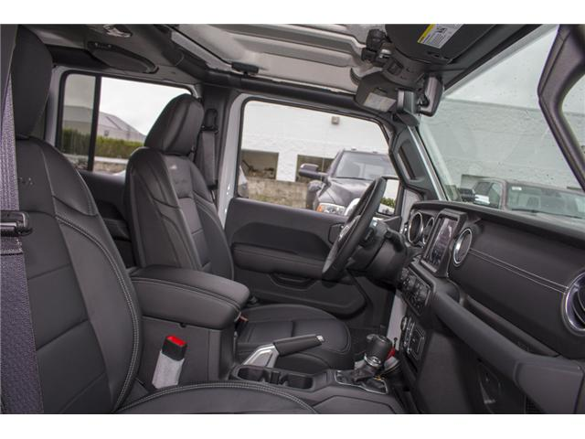 2018 Jeep Wrangler Unlimited Sahara (Stk: J174874) in Abbotsford - Image 18 of 27