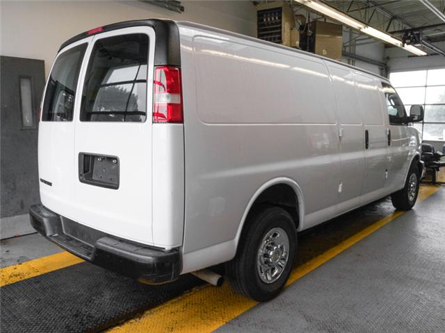 2017 Chevrolet Express 2500 1WT (Stk: 9-5895-0) in Burnaby - Image 2 of 22