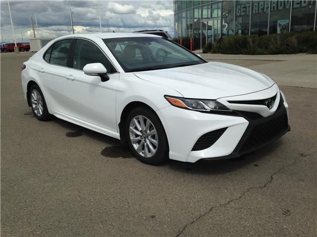 2018 Toyota Camry SE (Stk: 284126) in Calgary - Image 1 of 13