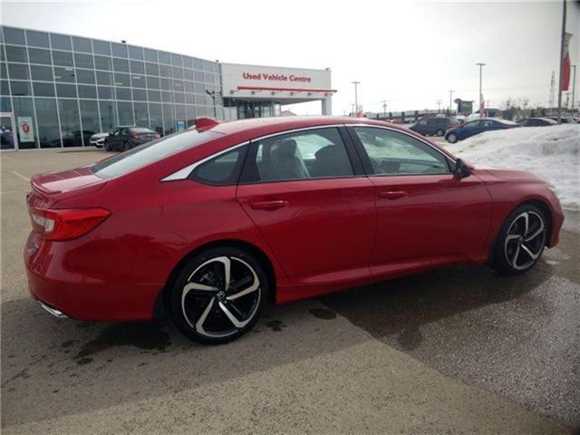 2018 Honda Accord Sport (Stk: 2180762) in Calgary - Image 2 of 9