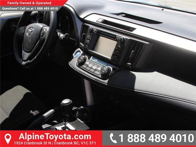 2018 Toyota RAV4 Hybrid  (Stk: D220309) in Cranbrook - Image 10 of 18