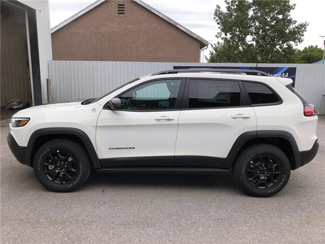 2019 Jeep Cherokee Trailhawk (Stk: 13175) in Fort Macleod - Image 2 of 21