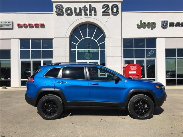 2019 Jeep Cherokee Trailhawk (Stk: 32119) in Humboldt - Image 2 of 22
