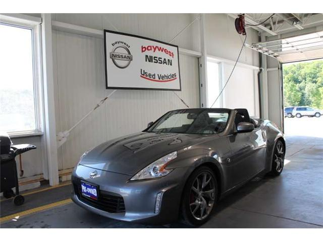 2017 Nissan 370Z Sport Touring (Stk: 18200A) in Owen Sound - Image 1 of 15