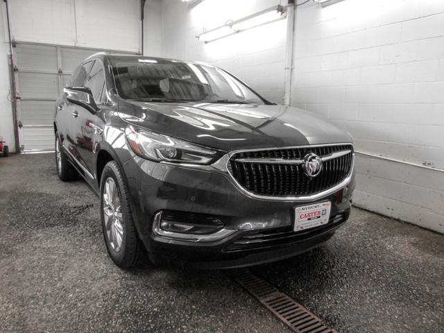 2018 Buick Enclave Premium (Stk: E8-93930) in Burnaby - Image 2 of 8