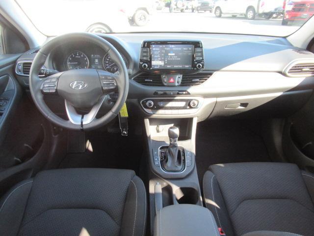 2018 Hyundai Elantra GT GL (Stk: EE892270) in Surrey - Image 25 of 26
