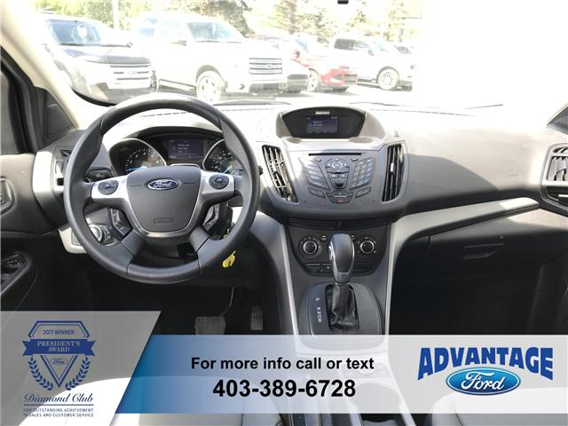 2014 Ford Escape SE (Stk: T22460) in Calgary - Image 2 of 10