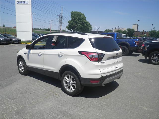 2018 Ford Escape SE (Stk: 1810900) in Ottawa - Image 2 of 10