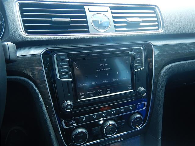 2017 Volkswagen Passat 1.8 TSI Comfortline (Stk: HP085948) in Surrey - Image 10 of 27
