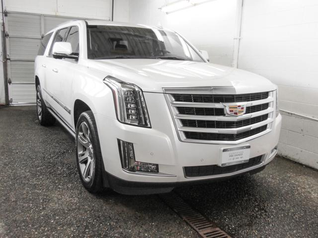 2016 Cadillac Escalade ESV Premium Collection (Stk: C8-31031) in Burnaby - Image 2 of 25