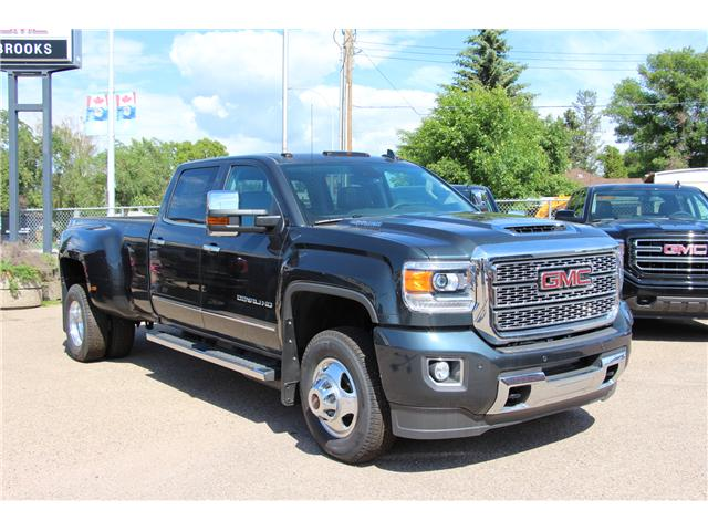 2018 GMC Sierra 3500HD Denali (Stk: 189919) in Brooks - Image 1 of 29