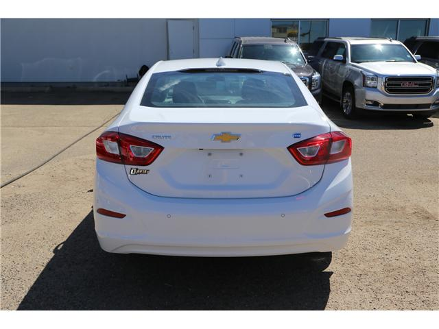 2018 Chevrolet Cruze LT Auto (Stk: 185744) in Brooks - Image 6 of 23