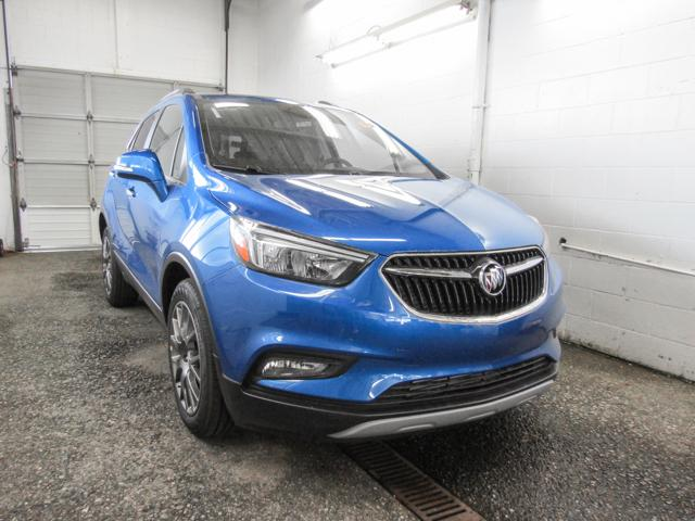 2018 Buick Encore Sport Touring (Stk: E8-43090) in Burnaby - Image 2 of 6