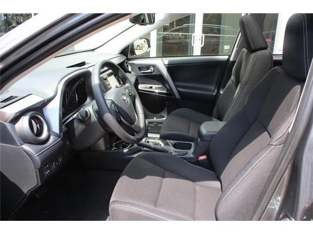 2018 Toyota RAV4 Hybrid  (Stk: 11946) in Courtenay - Image 10 of 21