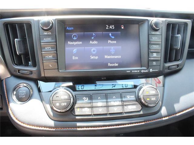 2018 Toyota RAV4 AWD (Stk: 11958) in Courtenay - Image 11 of 23