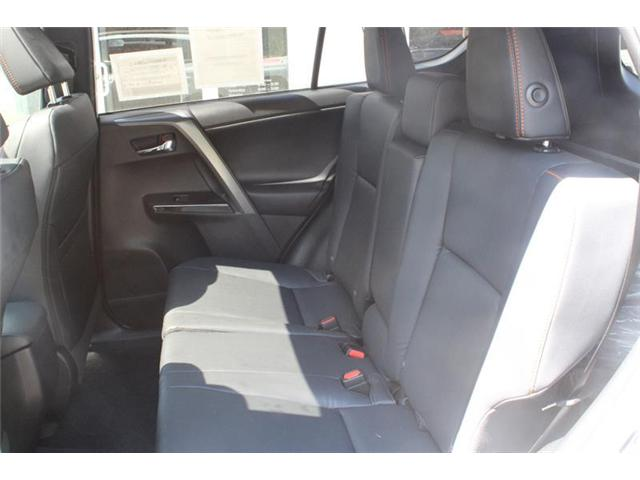 2018 Toyota RAV4 AWD (Stk: 11958) in Courtenay - Image 14 of 23